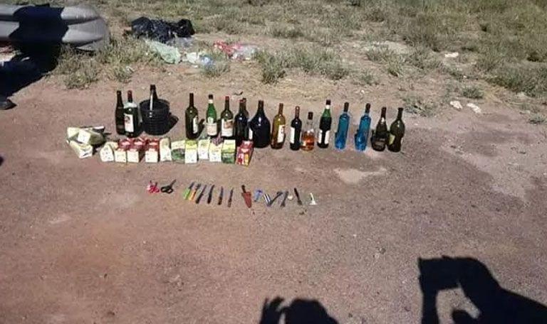 Secuestraron alcohol y marihuana en dos colectivos con hinchas de Lanús - RADIO FÉNIX 95.1